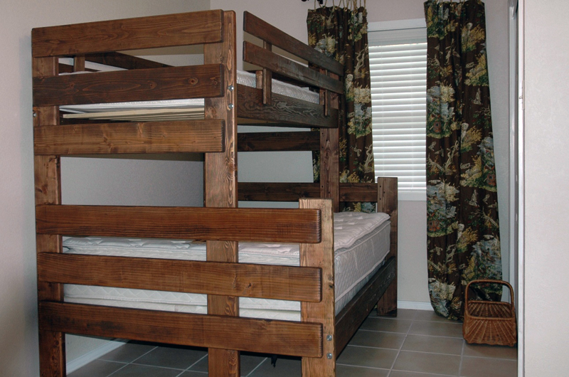 Full over full bunk bed plans bed plans diy blueprints Custom build a house online