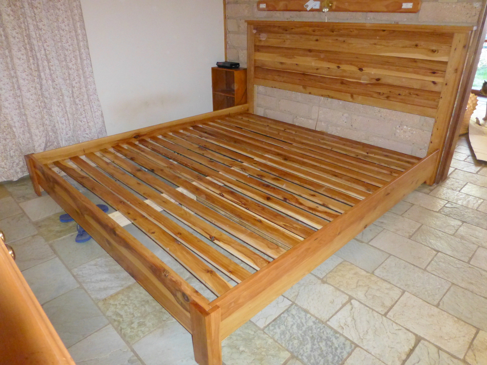 King size bed plans platform bed king size plans for King size bed designs