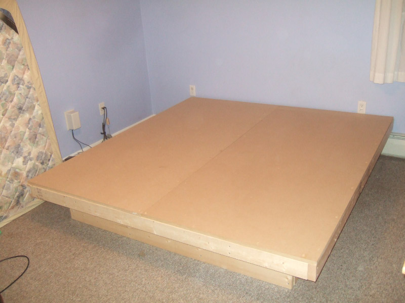 Bed frame plans platform pdf woodworking for Simple diy platform bed