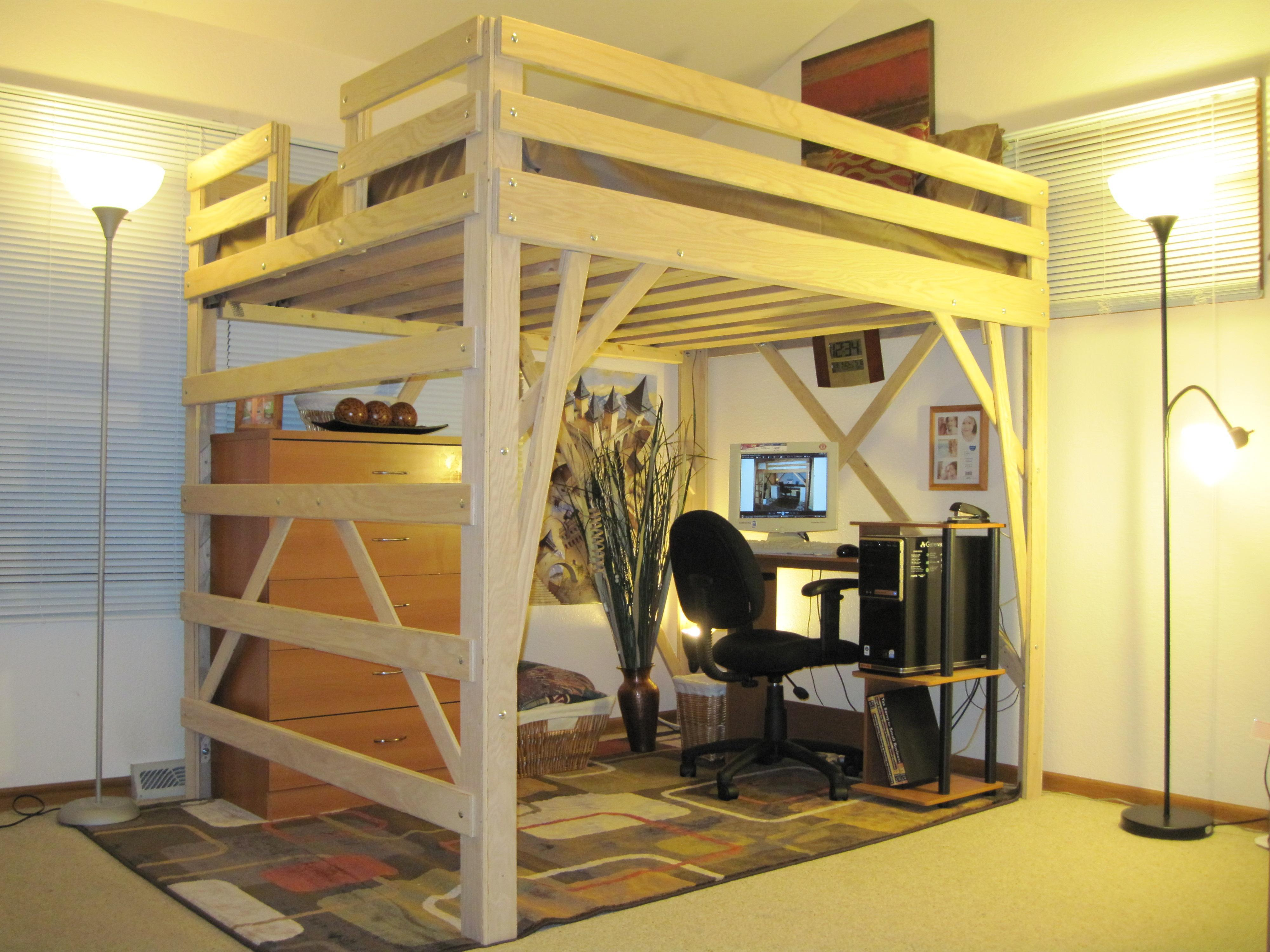 Queen Size Loft Bed with Desk 4000 x 3000