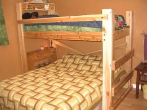 Twin Over Queen Bunk Bed Plans