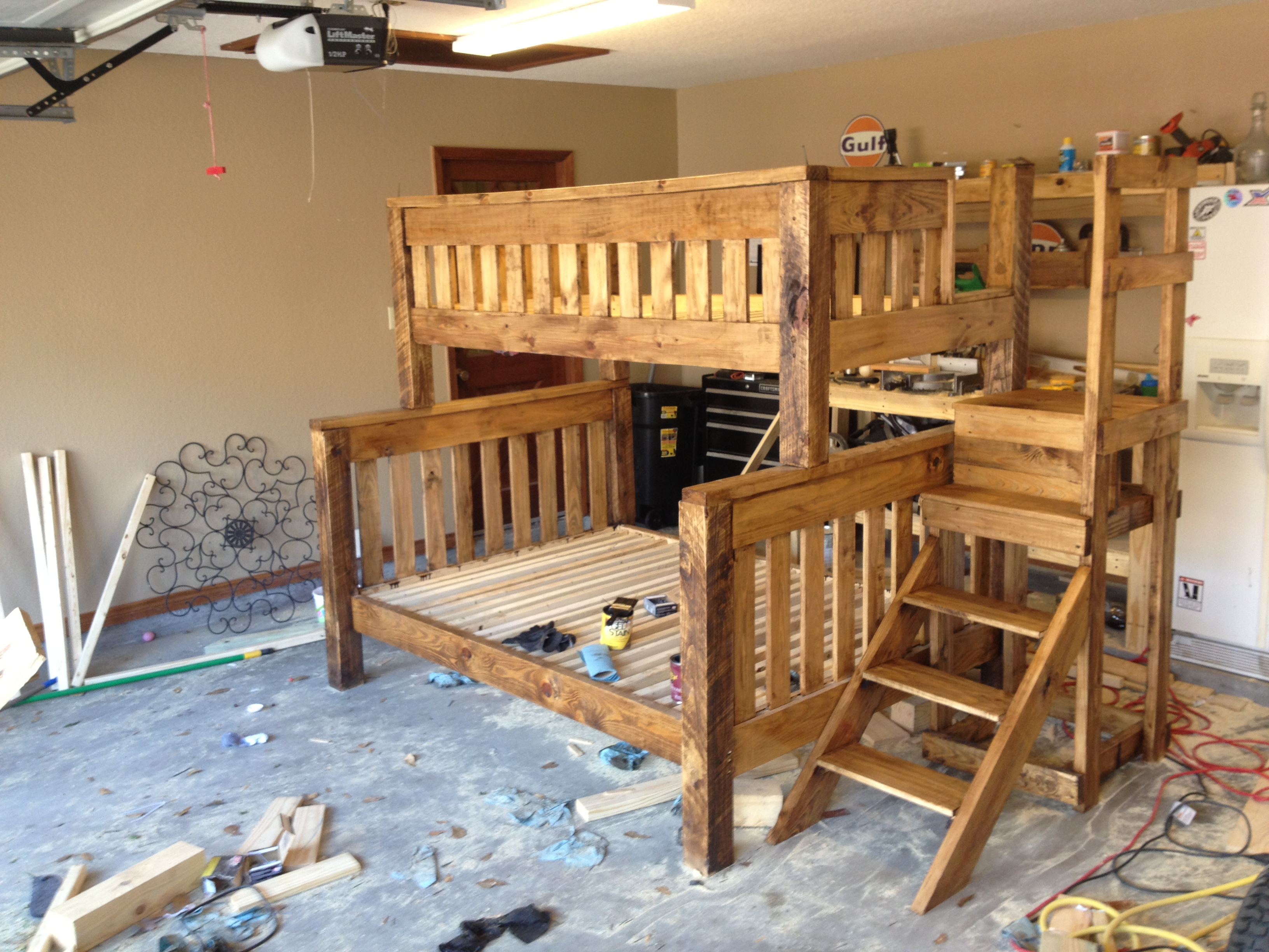 Woodwork extra long twin over queen bunk bed plans pdf plans for Bunk house plans
