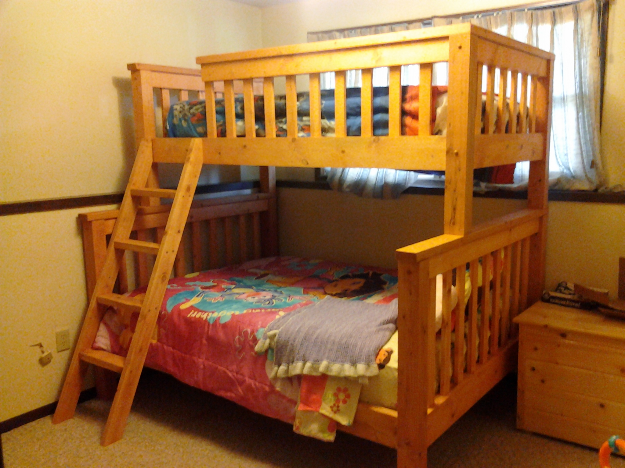 Twin Over Queen Bunk Bed Plans 2048 x 1536